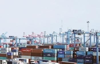 Ba nhóm hàng xuất khẩu qua cảng TPHCM tăng ấn tượng