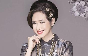Chuyển động cùng: Ý Lan, Dương Khắc Linh, Nhật Kim Anh, Hương Tràm, Hoàng Yến Chibi