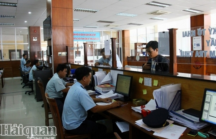 Hàng tạm nhập thuê của đối tác nước ngoài có phải chịu thuế GTGT khi NK?