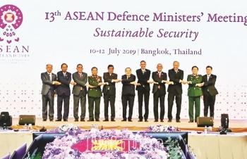 ASEAN tiến tới hợp tác quốc phòng bền vững