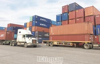 Xuất khẩu dễ bị tác động từ yếu tố bên ngoài