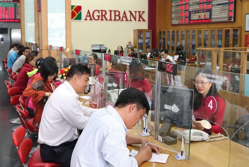 Vai trò lãnh đạo của Đảng trong quá trình tái cơ cấu Agribank