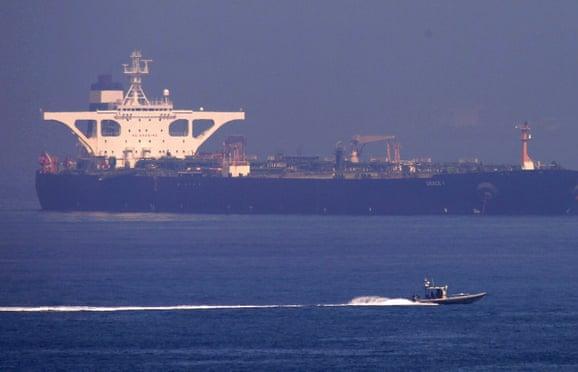 """Tàu Grace 1 được thả: Iran """"lội ngược dòng"""" trước Mỹ?"""