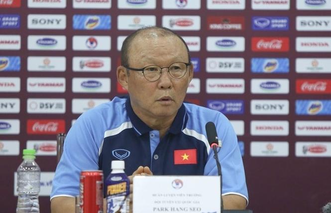 HLV Park Hang Seo nêu lý do không gọi Văn Hậu vào đội U22 Việt Nam