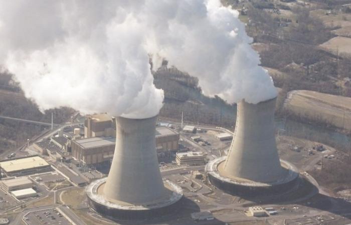 Tìm nguồn điện bổ sung khi dừng dự án điện hạt nhân