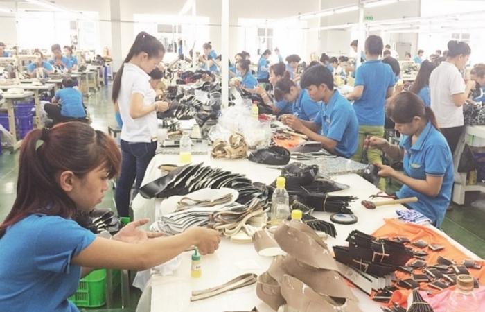 Mỹ, Trung Quốc, Nhật Bản... giày dép Việt đi đâu cũng khó