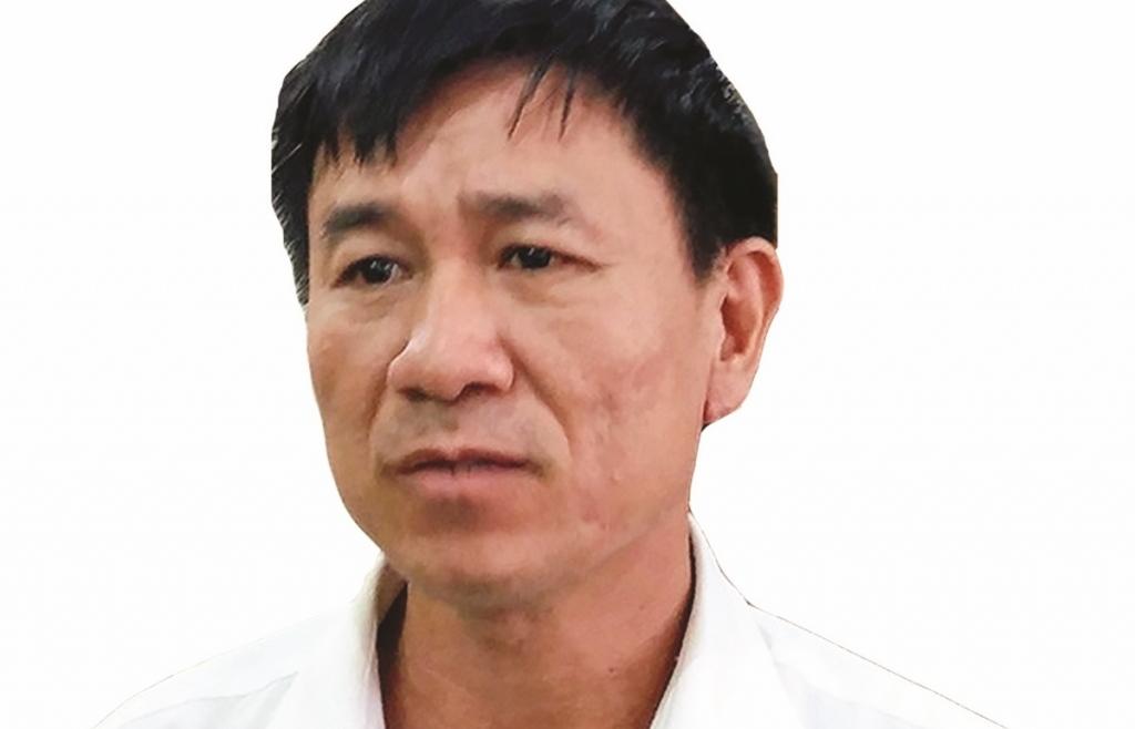 khong nen dat het ganh nang tang truong kinh te len doi vai nguoi lao dong