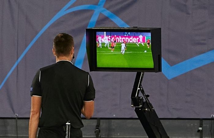 Real Madrid 2-3 Shakhtar Donetsk: Khóc hận vì VAR