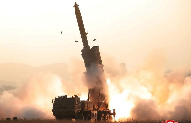 """Nguy cơ hồ sơ Triều Tiên lặp lại những ngày """"lửa và giận dữ"""" năm 2017"""