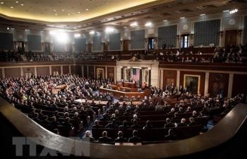 Thượng viện Mỹ thông qua biện pháp tạm thời ngăn chính phủ đóng cửa