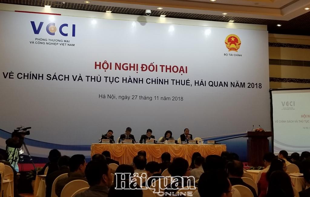 hom nay 2611 dien ra hoi nghi doi thoai doanh nghiep ve chinh sach thu tuc hanh chinh thue hai quan nam 2019 tong cuc hai quan chu dong go vuon