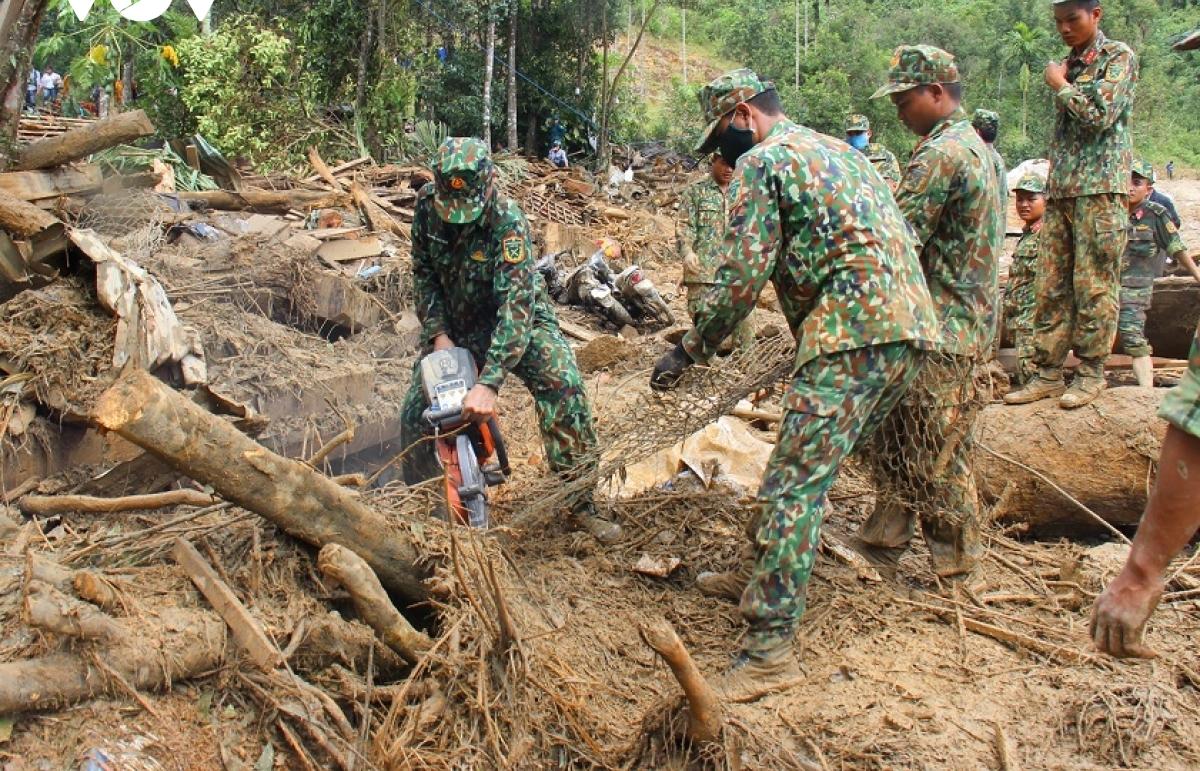 Phát hiện 1 địa điểm có thể là nơi vùi lấp 14 người mất tích ở Trà Leng