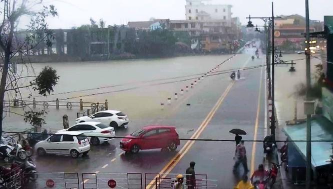 Thừa Thiên Huế: Mưa lớn diện rộng, nhiều nơi tái ngập lụt và sạt lở đất - ảnh 11