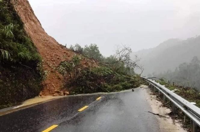 Thừa Thiên Huế: Mưa lớn diện rộng, nhiều nơi tái ngập lụt và sạt lở đất - ảnh 3