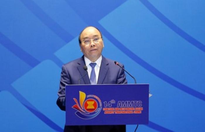 """Thủ tướng: ASEAN đối mặt """"kẻ thù nguy hiểm"""" tội phạm xuyên quốc gia"""