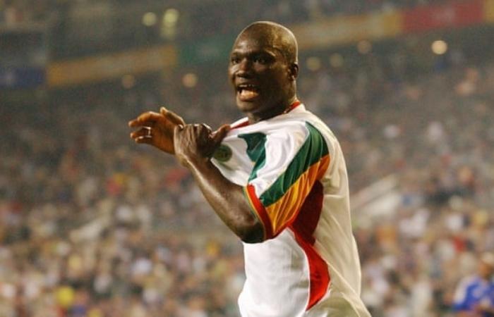 Người hùng World Cup 2002 của Senegal qua đời ở tuổi 42