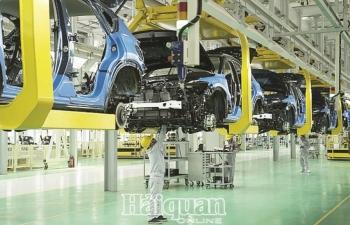 Công nghiệp ô tô:  Vững bước từ nội lực
