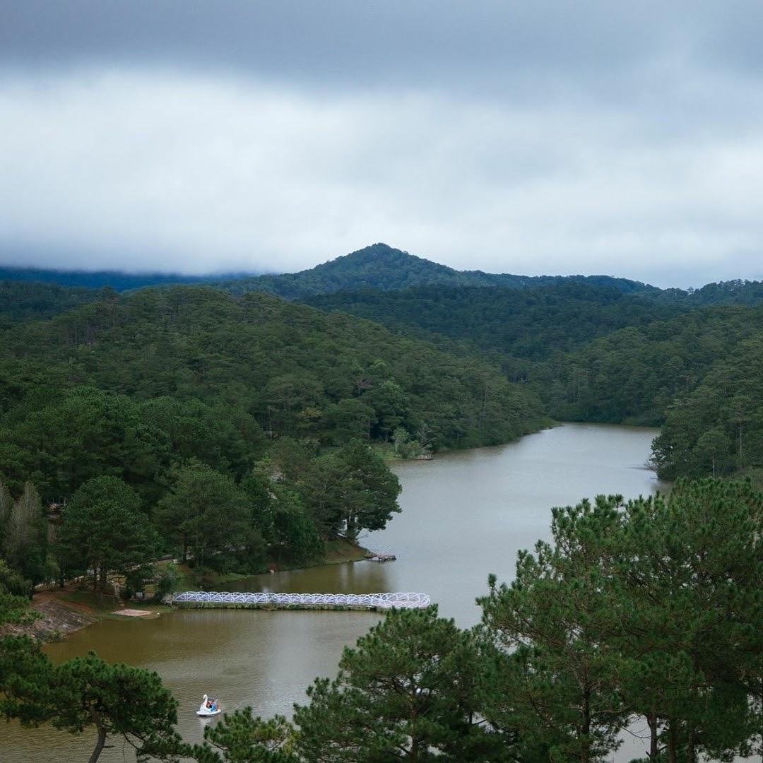 Chiêm ngưỡng 5 hồ nước đẹp nhất phố núi