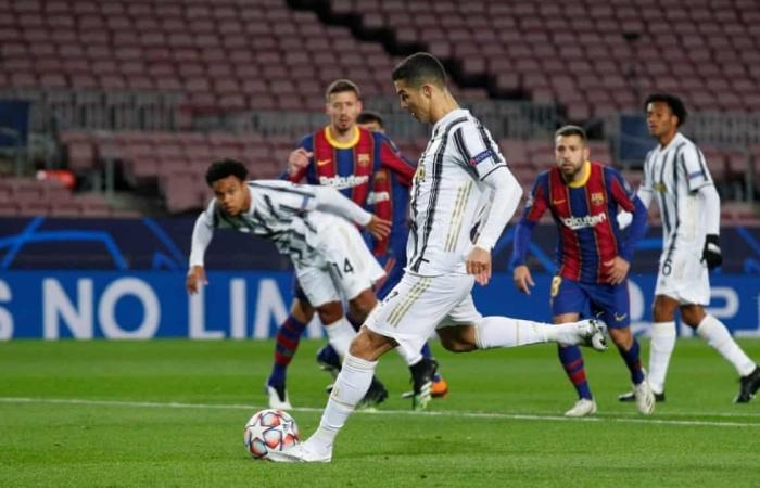 Cristiano Ronaldo che mờ Lionel Messi, Juventus soán ngôi Barca