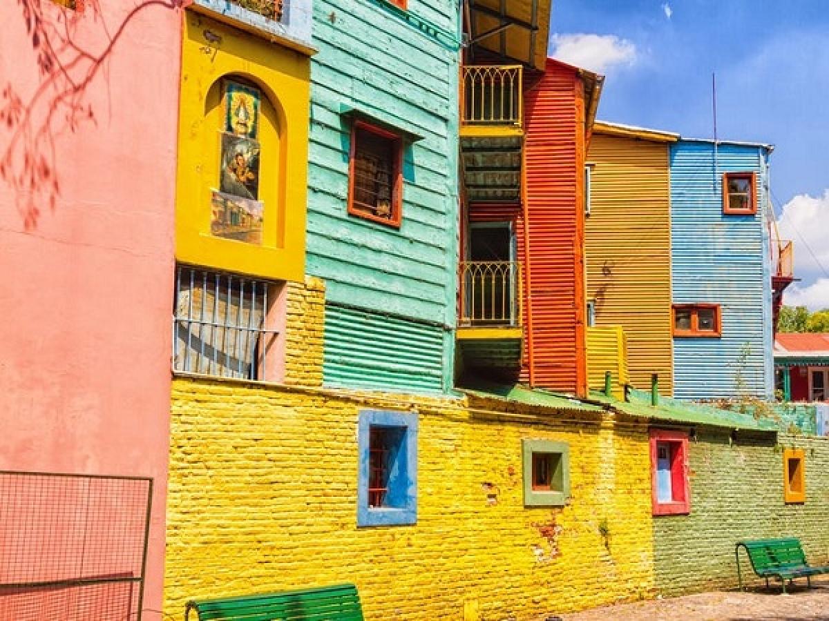 Khám phá 13 thành phố rực rỡ sắc màu nhất trên thế giới