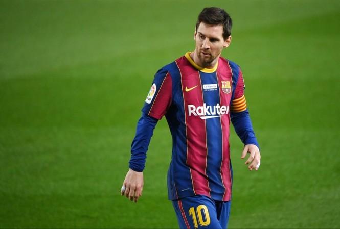 Messi cân bằng kỷ lục ghi bàn cho một đội bóng của Pele với 643 bàn