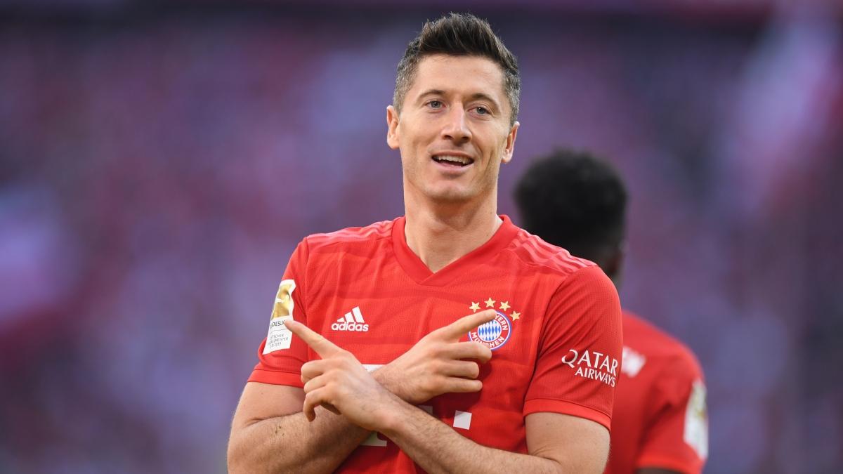 2. Robert Lewandowski (Bayern Munich) 32 bàn/26 trận.
