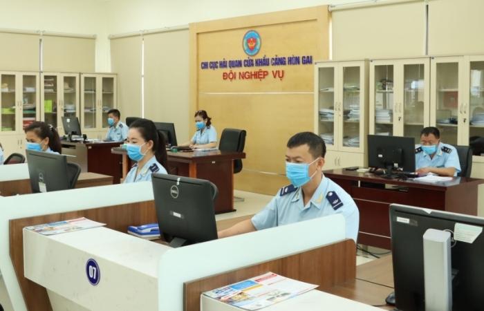 Hải quan Hòn Gai tiếp xúc, gặp gỡ 126 tập đoàn, doanh nghiệp lớn