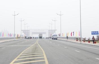 Samsung, Hyundai dự định thông quan hàng hóa qua cầu Bắc Luân II, Móng Cái