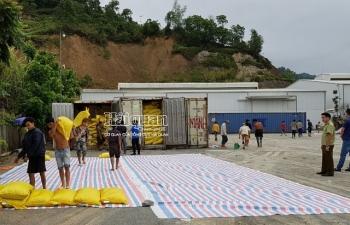 Phó Thủ tướng yêu cầu khẩn trương xác minh, làm rõ vụ hơn 400 tấn hàng tại Lào Cai