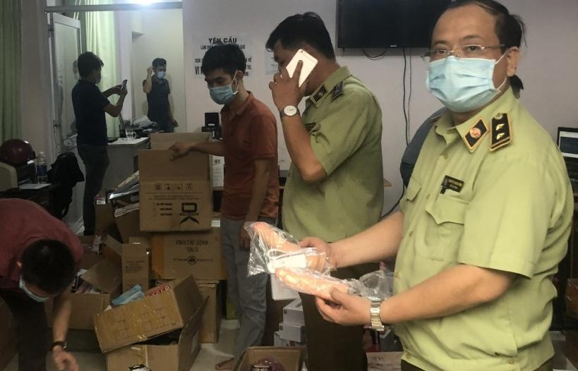 TP Hồ Chí Minh: Thu giữ hơn 33.000 dụng cụ hỗ trợ tình dục không rõ nguồn gốc