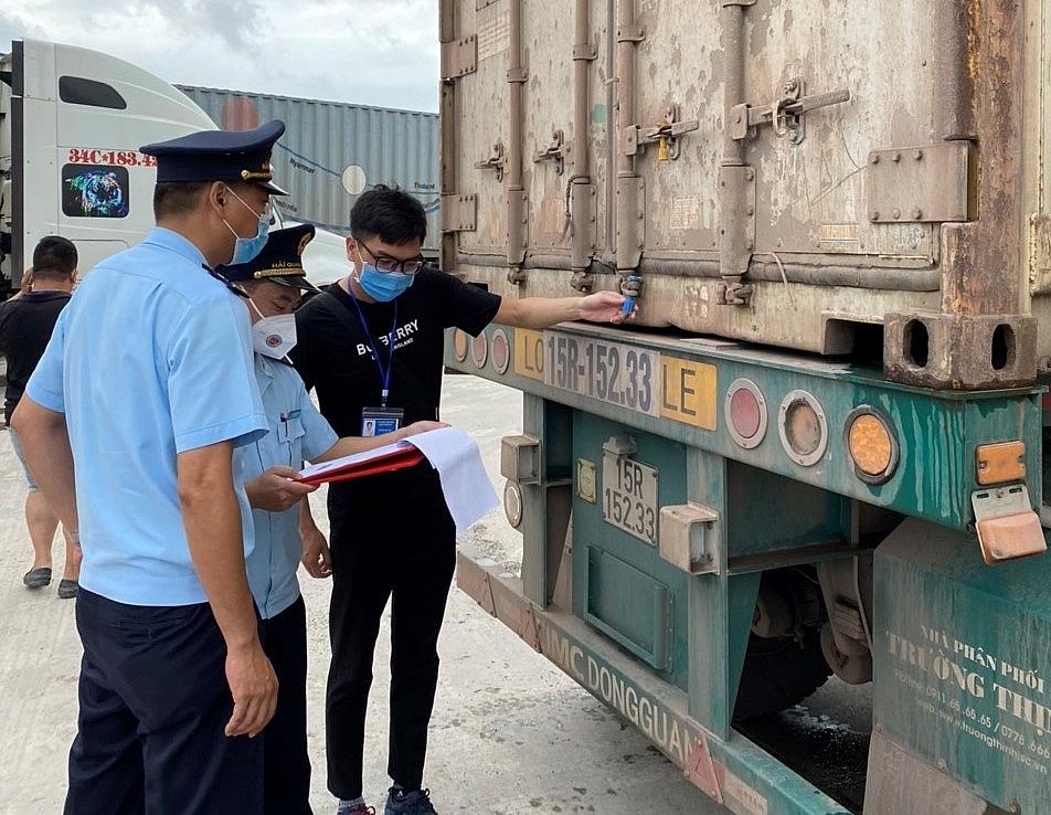 Hải quan Quảng Ninh thu hơn 2,2 tỷ đồng từ kiểm tra sau thông quan