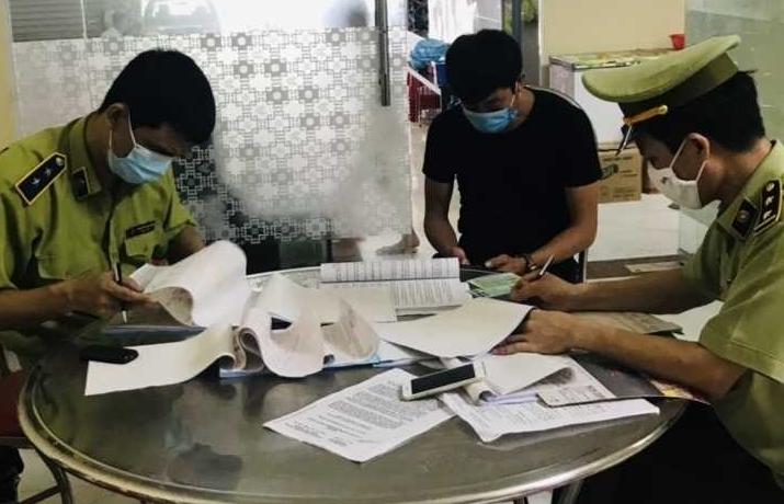Quảng Ninh: Xử phạt nhà hàng không chấp hành quy định về phòng, chống Covid-19