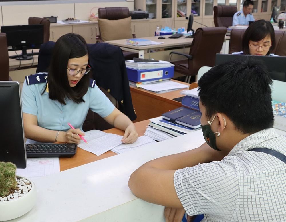 Tổng cục Hải quan thu hồi nhiều mã số nhân viên đại lý làm thủ tục hải quan
