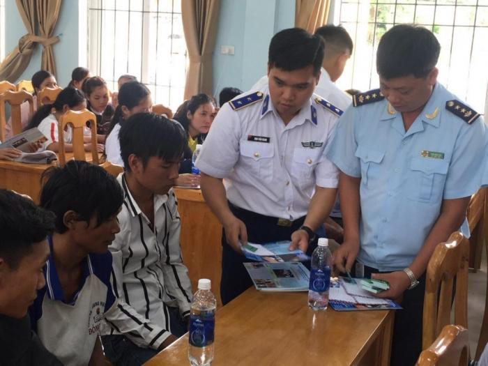 Hải quan Quảng Bình phối hợp tuyên truyền phòng, chống ma túy