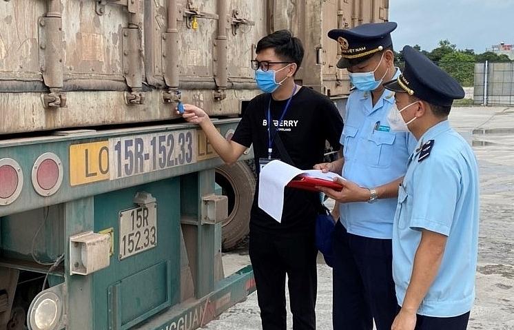 Tạm dừng hoạt động hai địa điểm kiểm tra hàng hóa tại Quảng Ninh