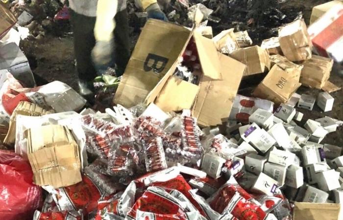 Hải quan Quảng Ninh tiêu hủy mỹ phẩm, bột pha trà