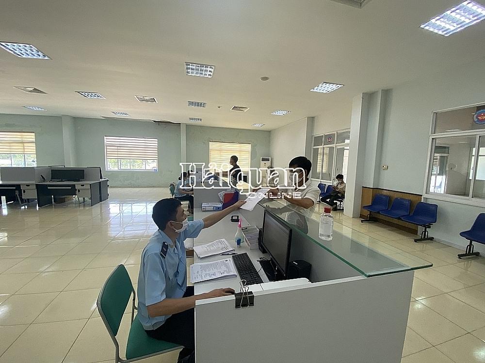 Hoạt động nghiệp vụ tại Chi cục Hải quan cửa khẩu Lao Bảo, Cục Hải quan Quảng Trị.