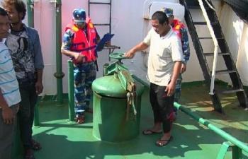 Không loại trừ xăng dầu buôn lậu trên biển có nguồn gốc từ cướp biển