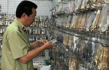Hà Nội: Tạm giữ hơn 6.000 sản phẩm có dấu hiệu giả mạo nhãn hiệu