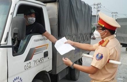 Lái xe phải có xét nghiệm âm tính trong vòng 72 giờ khi trở về Bắc Giang