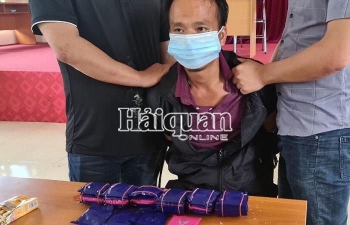 Hải quan Điện Biên phối hợp bắt 6 bánh heroin, 7.200 viên ma túy tổng hợp