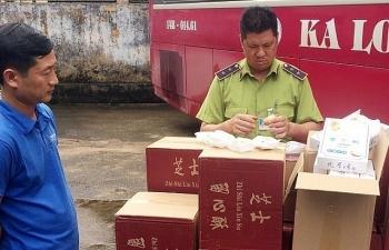Vận chuyển trái phép gần 4.000 chiếc bánh ngọt có xuất xứ Trung Quốc