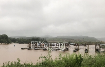 Móng Cái: Nước sông Ka Long dâng cao, tạm dừng hoạt động xuất nhập khẩu