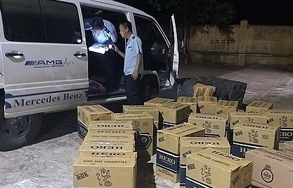 Quảng Trị: Kiến nghị khởi tố vụ vận chuyển 11.000 bao thuốc lá