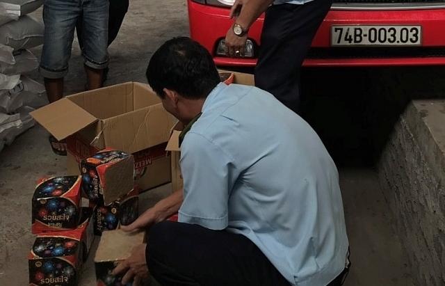 Hải quan Quảng Trị khởi tố vụ buôn bán 24,5 kg pháo