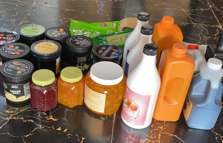 Thu giữ hơn 4 tấn nguyên liệu pha chế đồ uống không rõ nguồn gốc