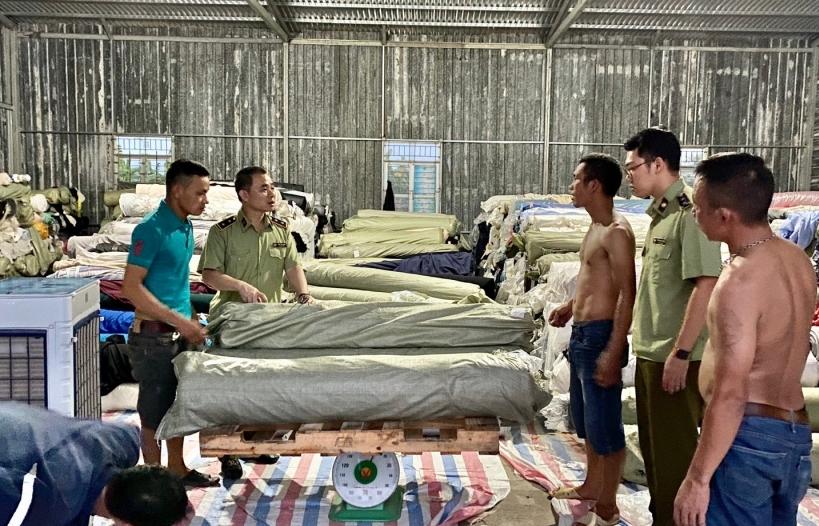 Hưng Yên: Thu giữ hơn 83 tấn vải không rõ nguồn gốc