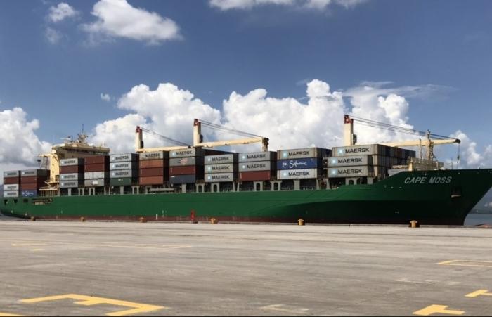 Hải quan Hòn Gai đón tàu container của hãng vận tải lớn nhất thế giới