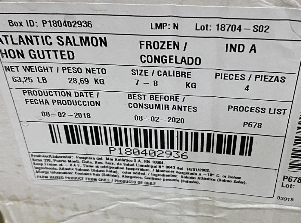 2,5 tấn cá hồi nguyên con quá hạn sử dụng hơn 1 năm vẫn đưa vào chế biến