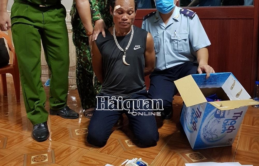 Bộ Công an khen Hải quan Quảng Trị về thành tích phối hợp bắt ma túy